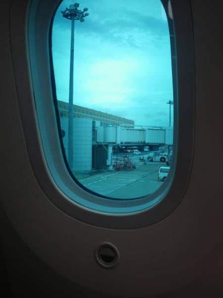 001 window.JPG