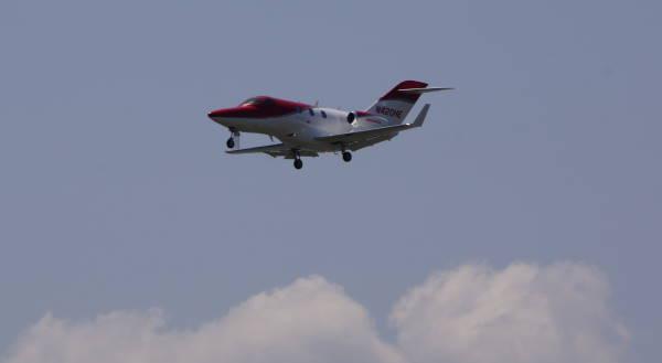 004 jet in.JPG