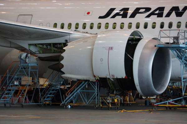 009 01 エンジン.JPG